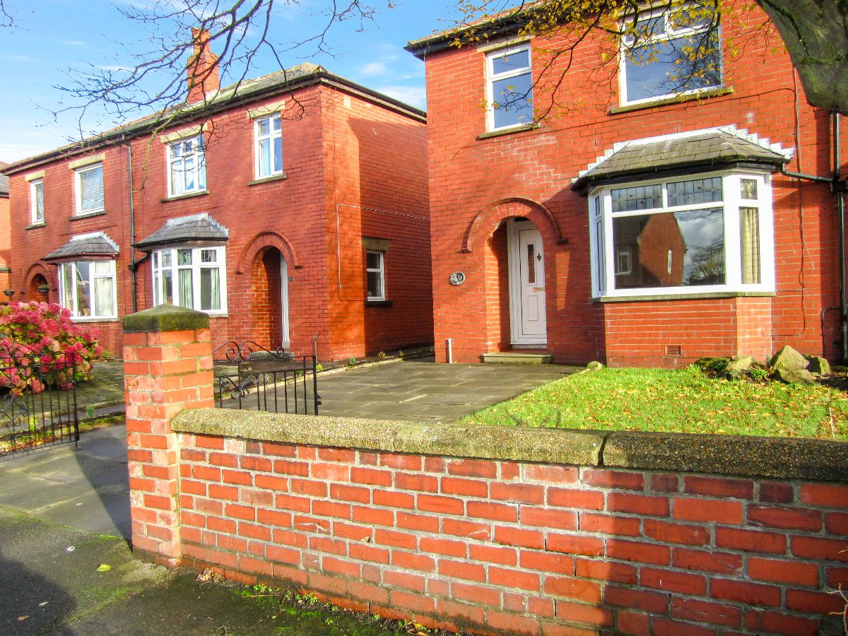 Russell Square, Chorley, PR6 0AS